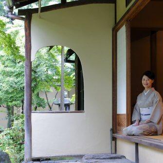 日本文化を学ぶことで独創性に深みが増したRAUの菓子。 源は有斐斎弘道館との研究会に―。