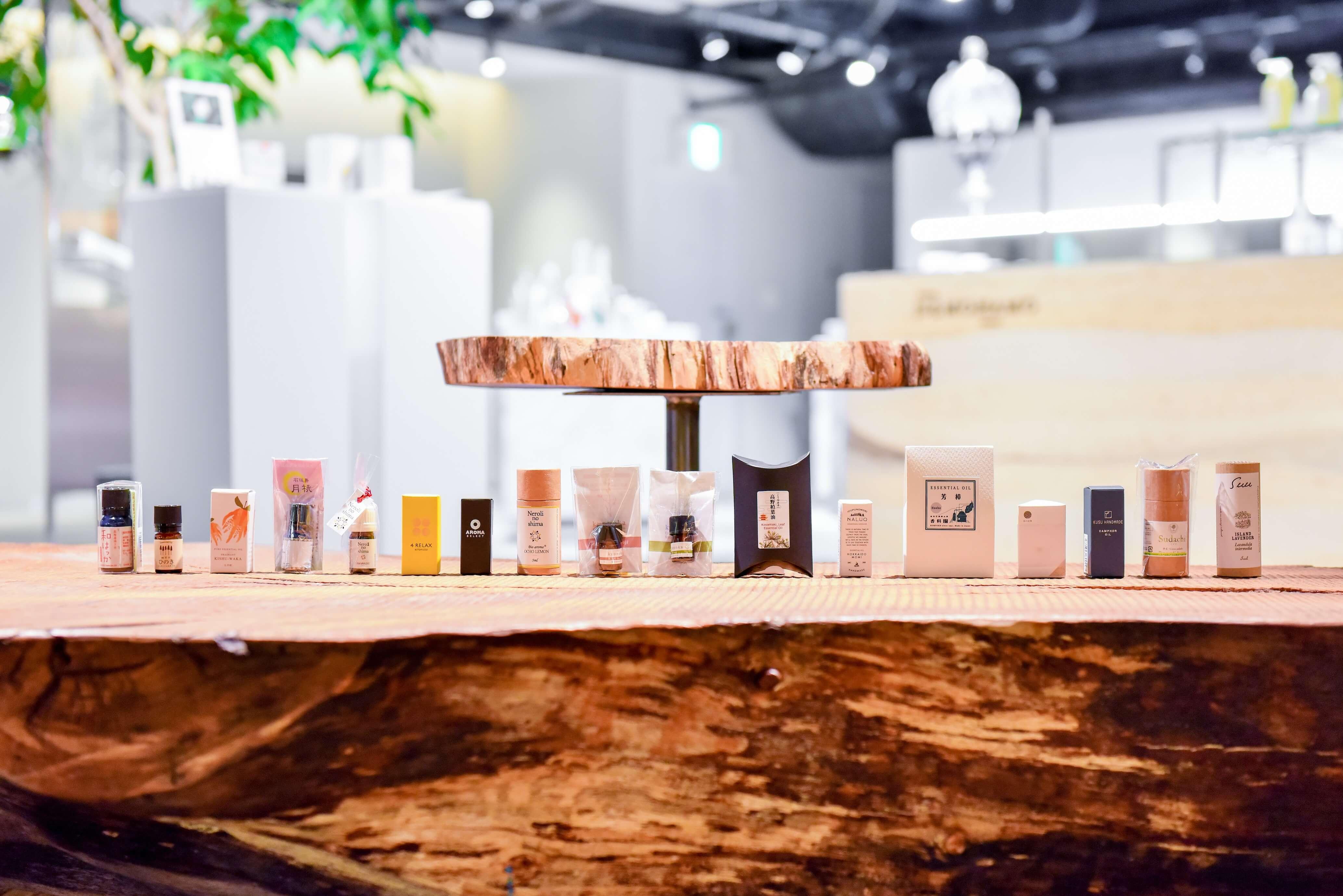 17種類の和精油が伝える日本の風土と生産者の想い