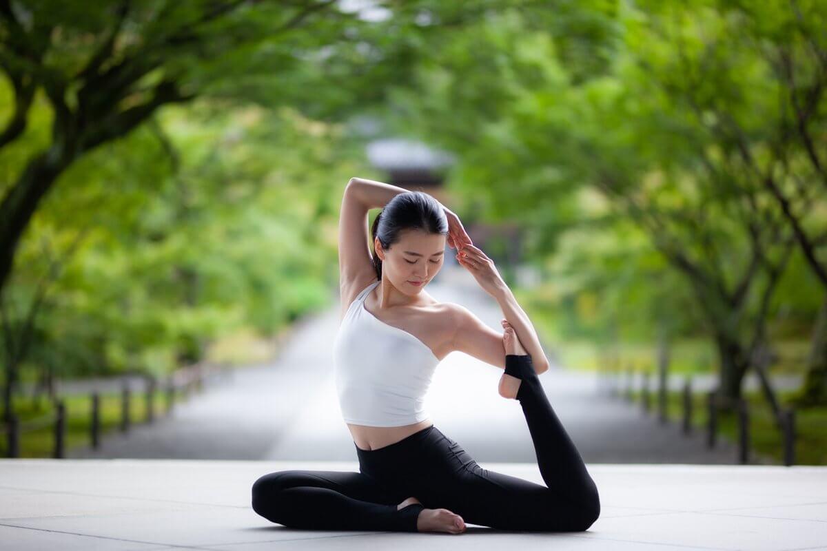 正唸瑜伽《10月·11月》